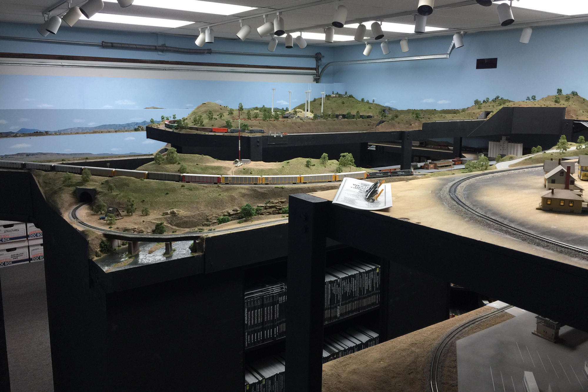 N Scale layout by Don Fowler, Master Model Railroader®, San Diego Division member.
